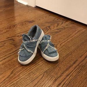 Steve Madden denim slip on shoes!